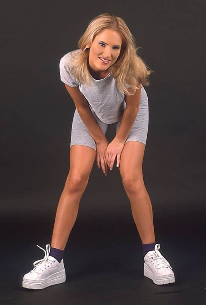 Renee Bending Down In Workout Clothes